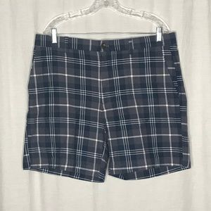 Amazon Essentials Gray Plaid Shorts 36